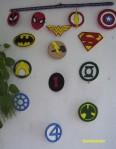 cortina de logos de superheroes